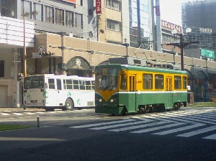 市電2100形