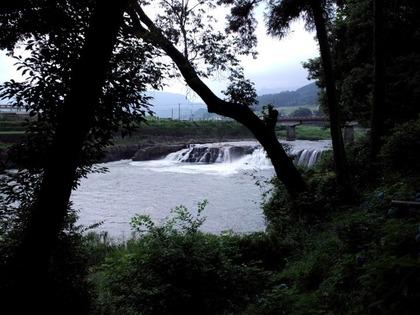20110703三日月の滝3