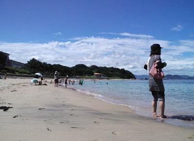 母と海と空