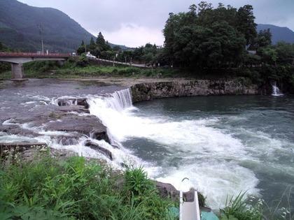 20110703三日月の滝1