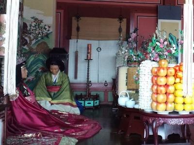 20101220華白行宮・奉寿堂内部2
